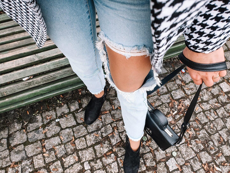z czym nosić botki czarne za kostkę