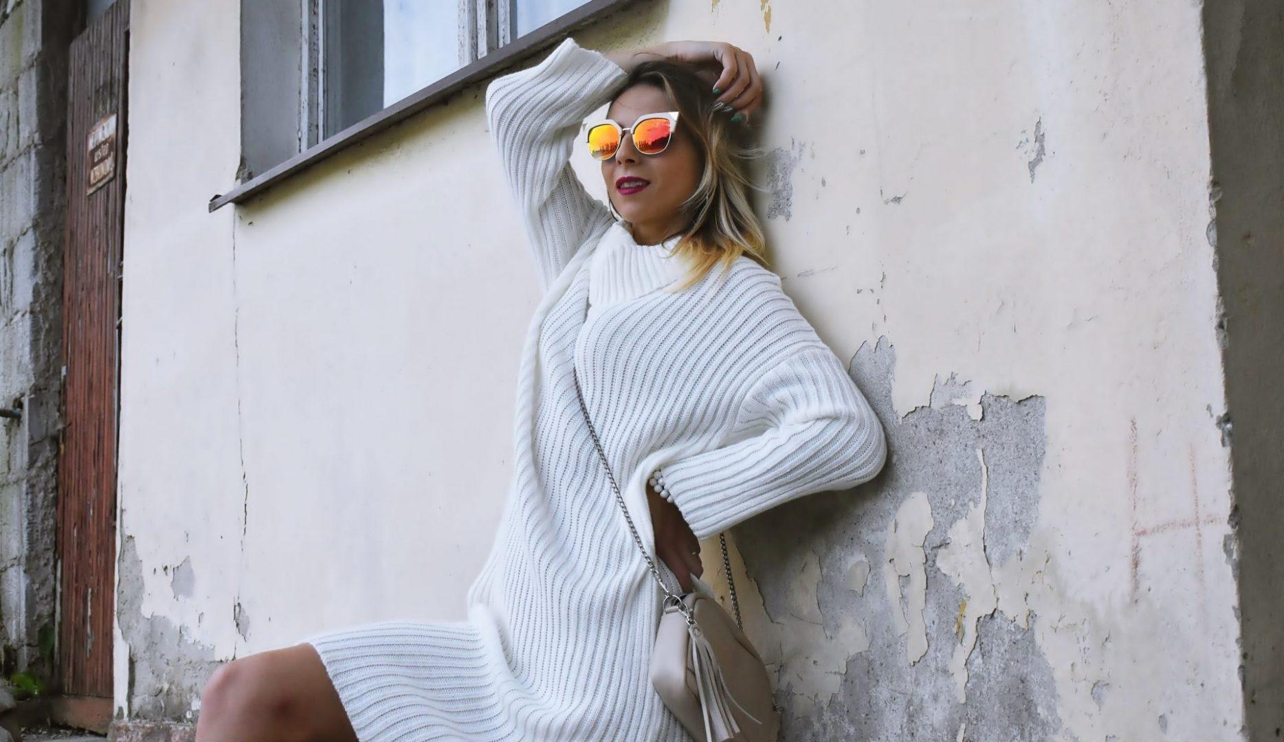 z czym nosić duże swetry